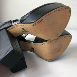 Sam Edelman Shoes - Circus Sam Edelman Nyla Black Snake Platform Heels
